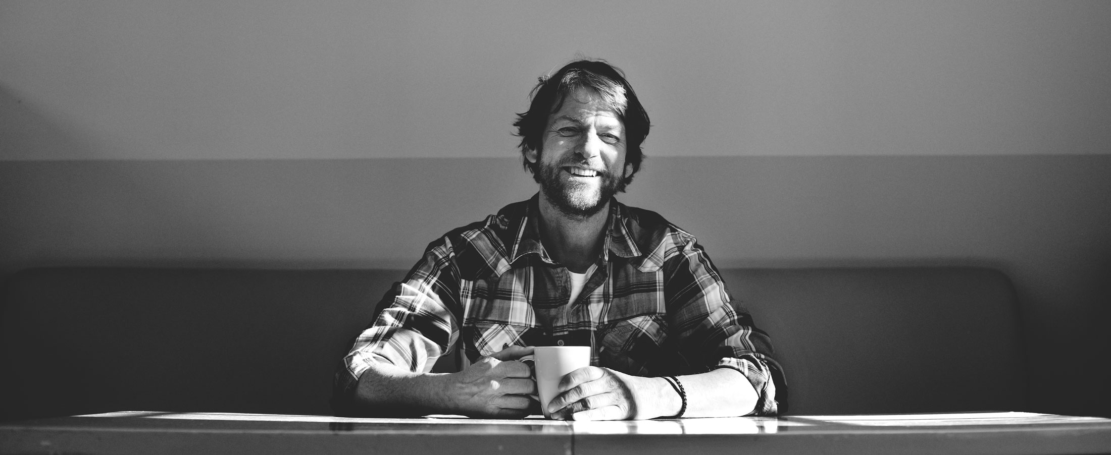 Portrait--Marco Horn-Tisch-Header